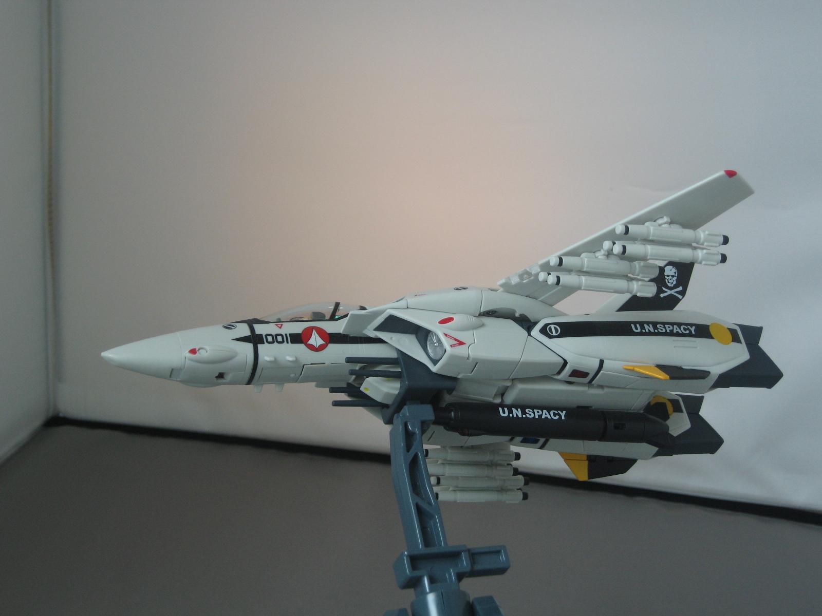 f-10.JPG