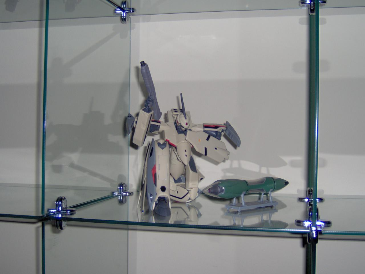 Macross Plus YF-19