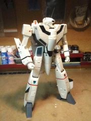 VF-1J Un-Armed Target Battroid from Macross Plus