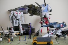 Hi-Metal R Macross  toys and more [01]