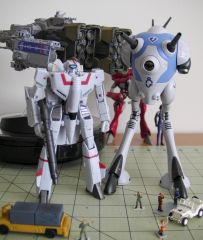 Hi-Metal R Macross  toys and more [02]