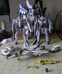 Hi-Metal R Macross Toy Collection