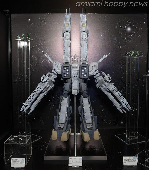 SDF-1 Macross statue image 00.jpg