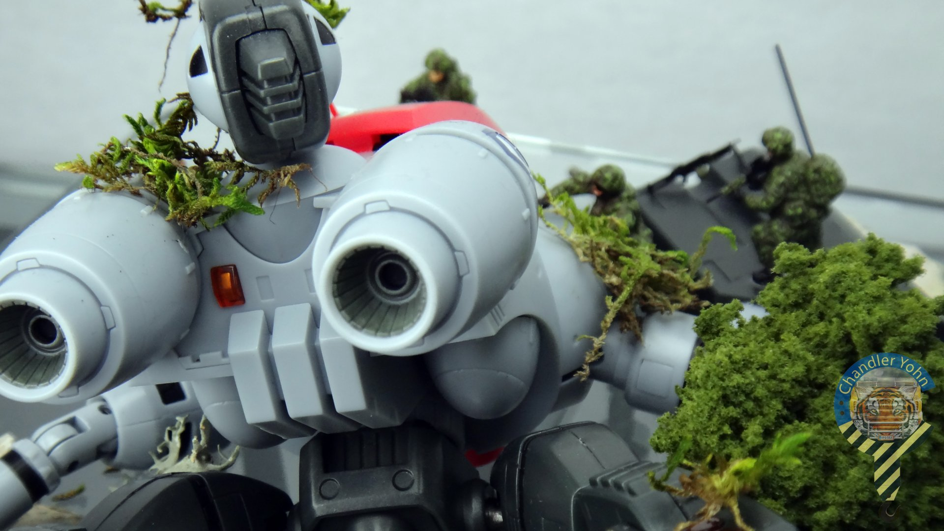 Bandai Zaentradi Glaug Crash AH64-D Apache M1 Abrams Yamato Tomahawk Destroid 8.jpg