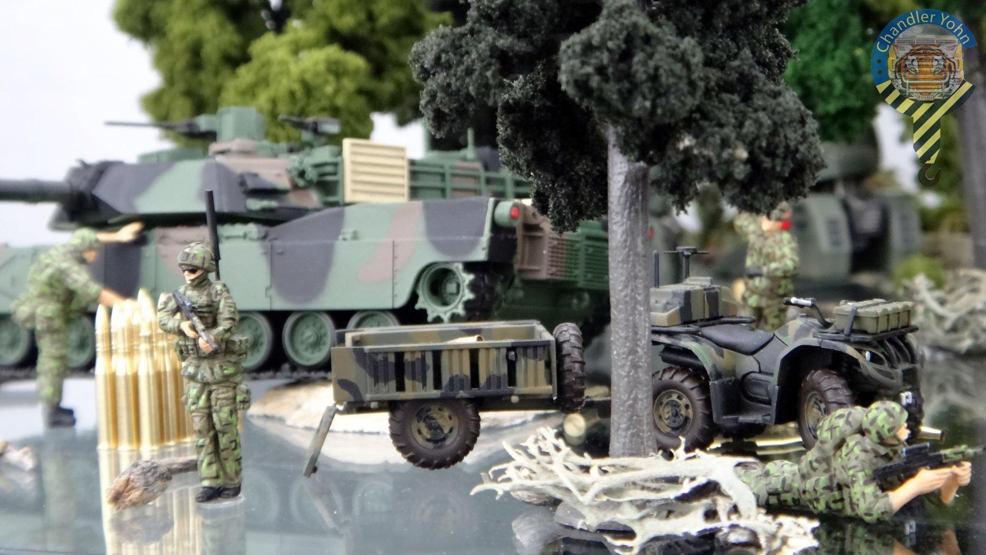 Bandai Zaentradi Glaug Crash AH64-D Apache M1 Abrams Yamato Tomahawk Destroid 19.jpg