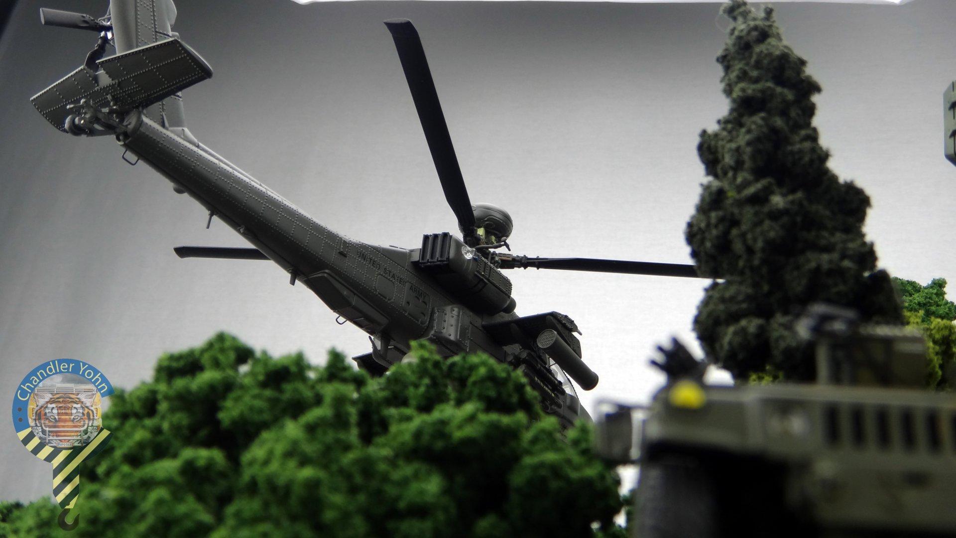 Bandai Zaentradi Glaug Crash AH64-D Apache M1 Abrams Yamato Tomahawk Destroid 22.jpg