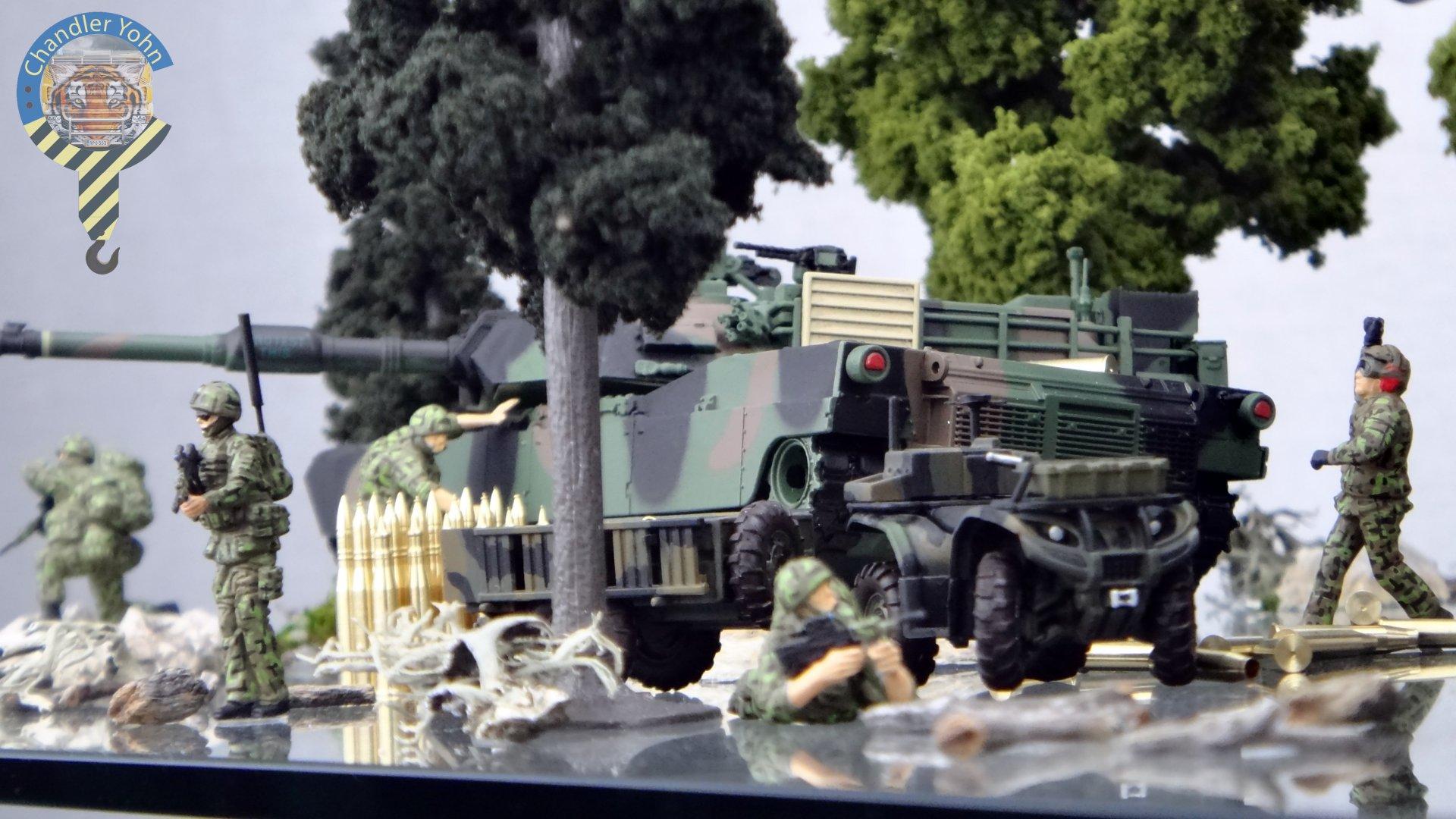 Bandai Zaentradi Glaug Crash AH64-D Apache M1 Abrams Yamato Tomahawk Destroid 23.jpg