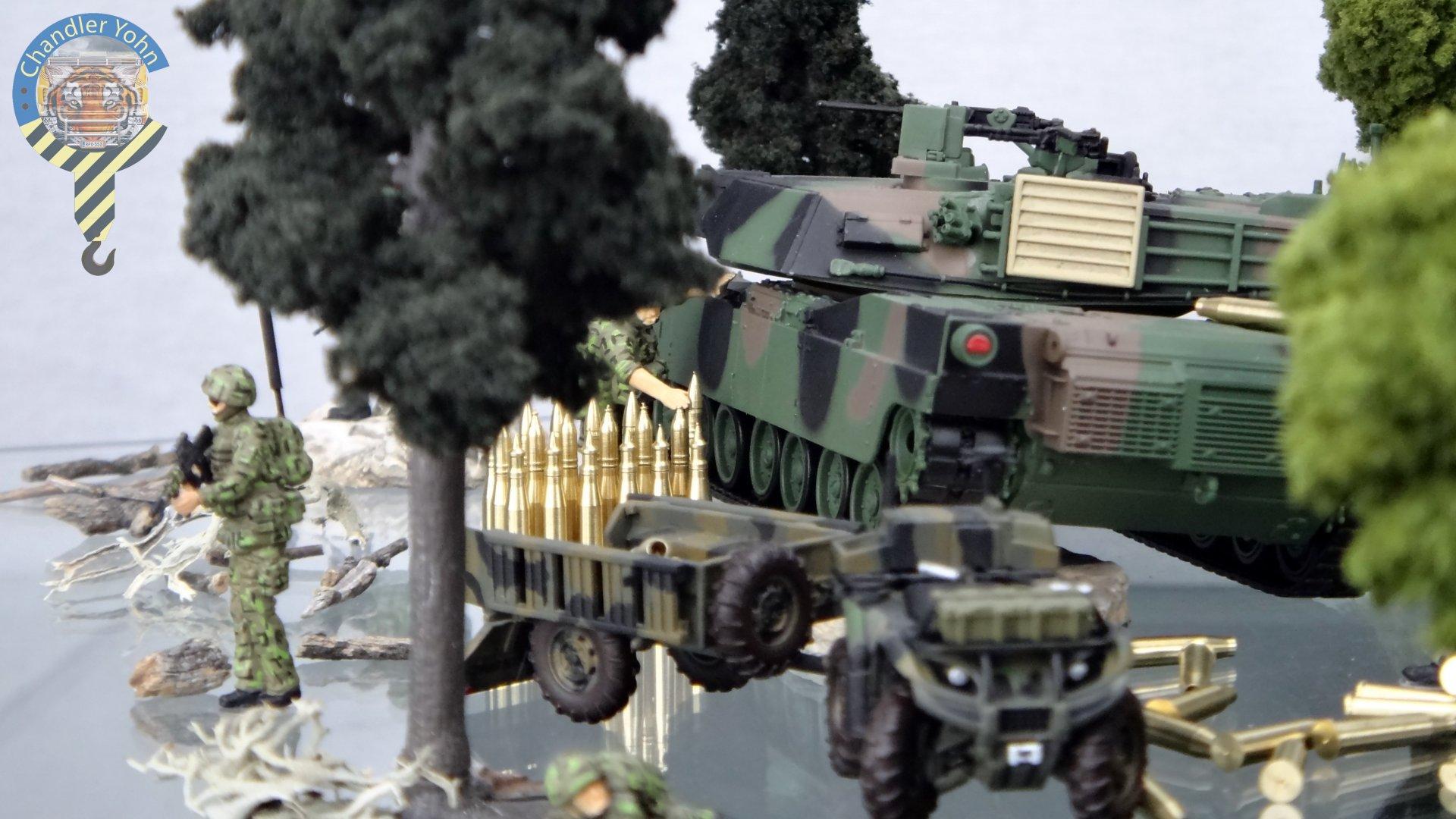 Bandai Zaentradi Glaug Crash AH64-D Apache M1 Abrams Yamato Tomahawk Destroid 24.jpg