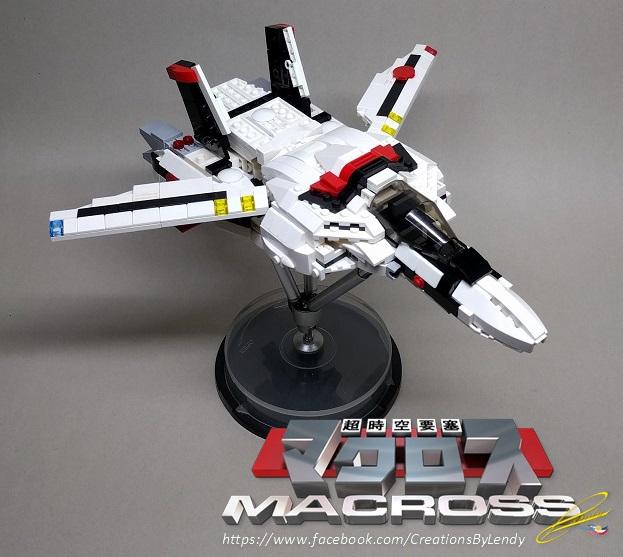 lego-vf-1s-macross_38763590274_o.jpg