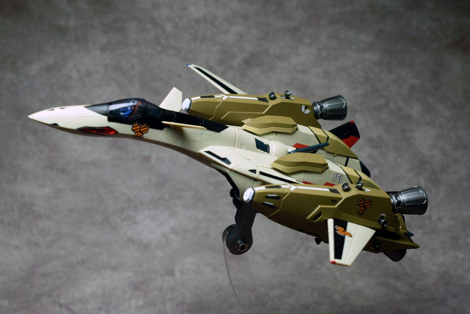 YF-19 w/TREX 1
