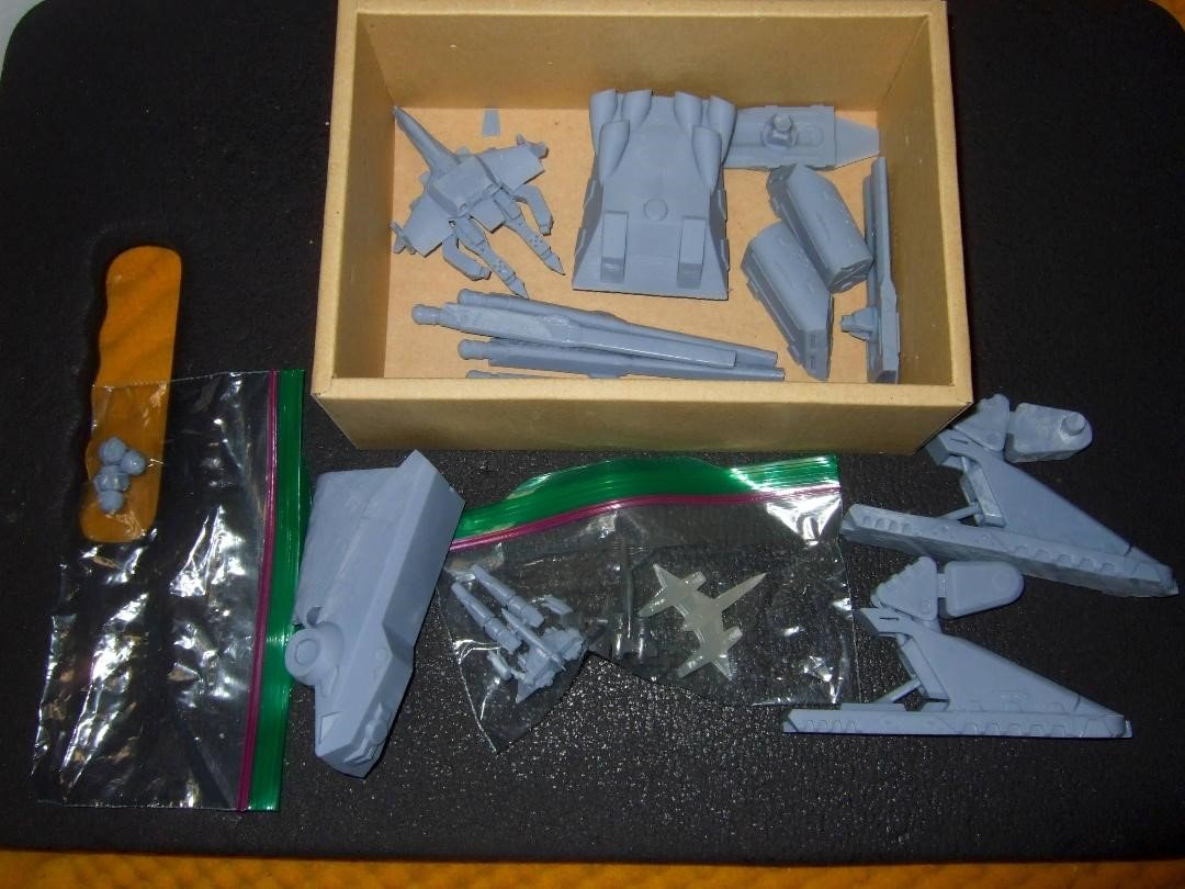 Macross Resin Kit Collection With Tom (11).jpg