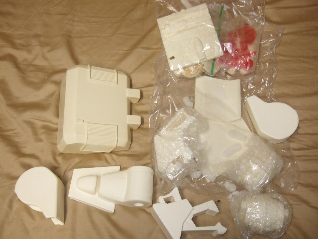 Macross Resin Kit Collection With Tom (24).jpeg