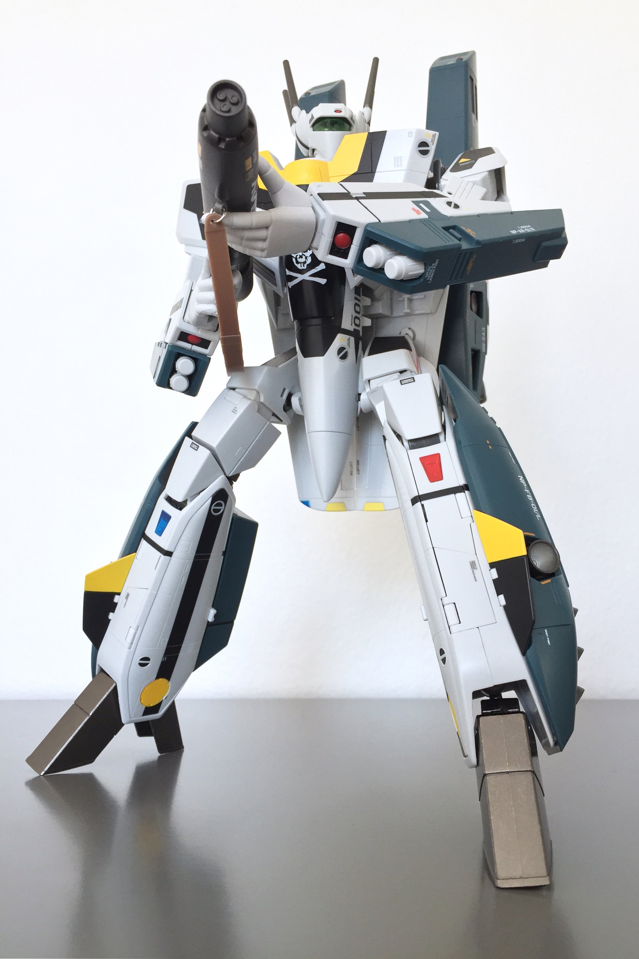 dxvf1sroy12